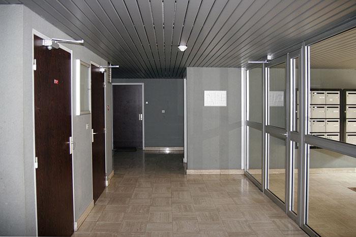 Hall d'entrée d'un immeuble d'habitation